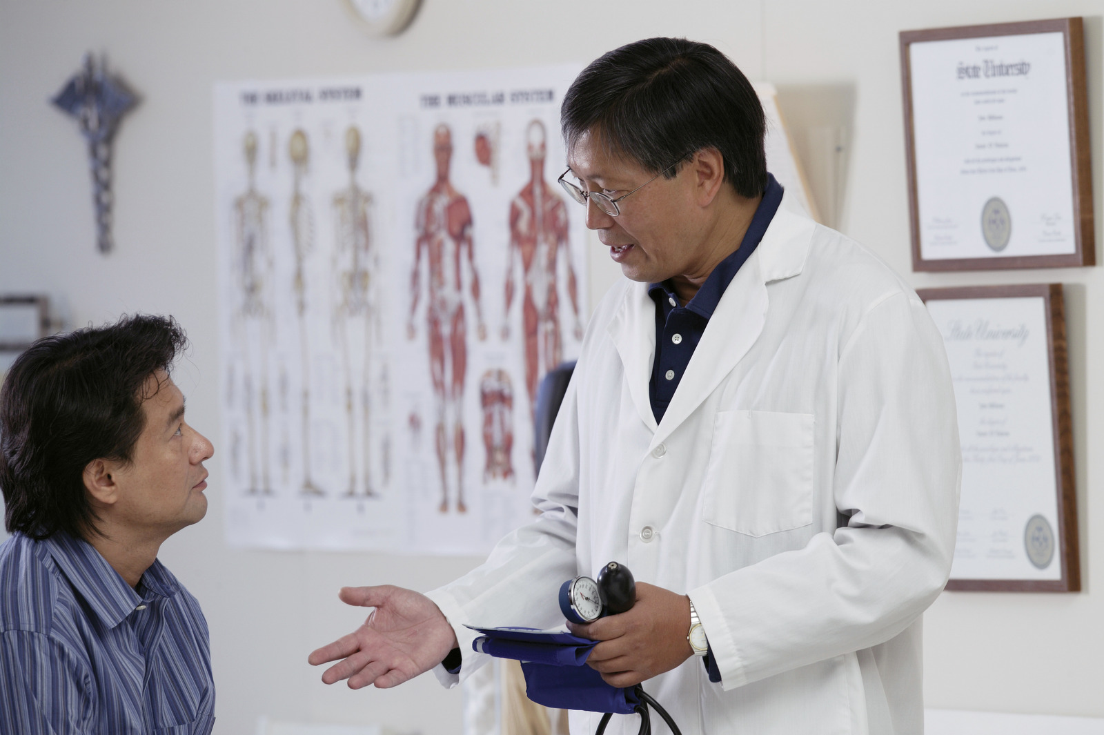Doctor counseling patient about a health condition
